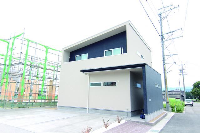 亀山市モデルハウス